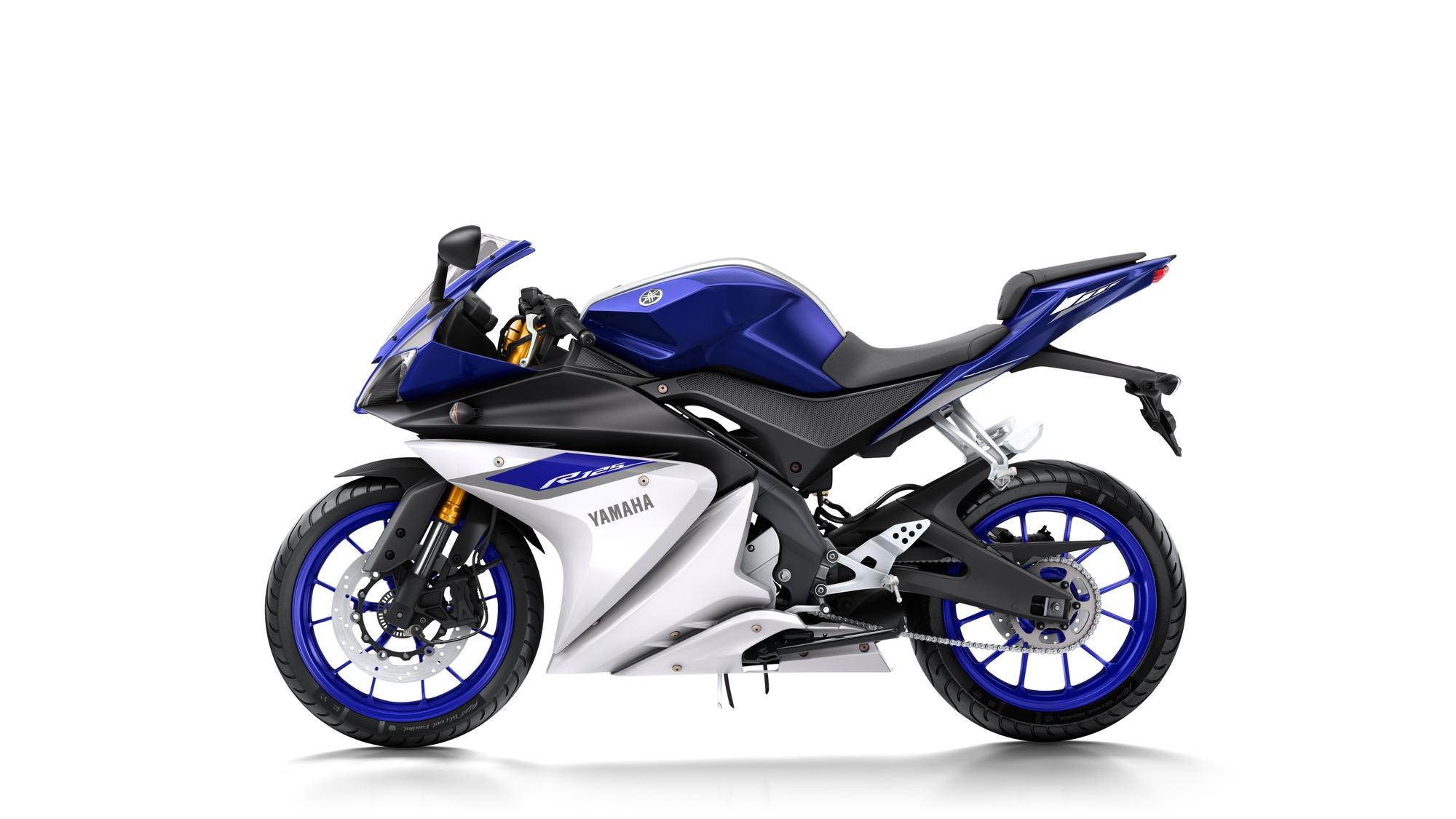 2015-Yamaha-YZF-R125-6
