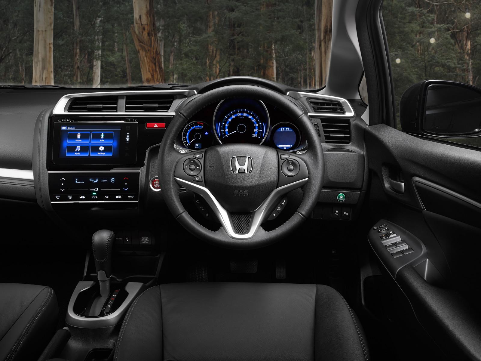 2015 Honda Jazz interiors