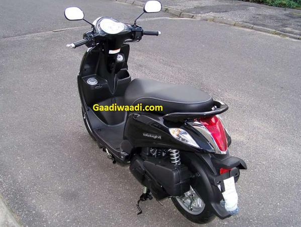 2015-yamaha-delight-scooter-2