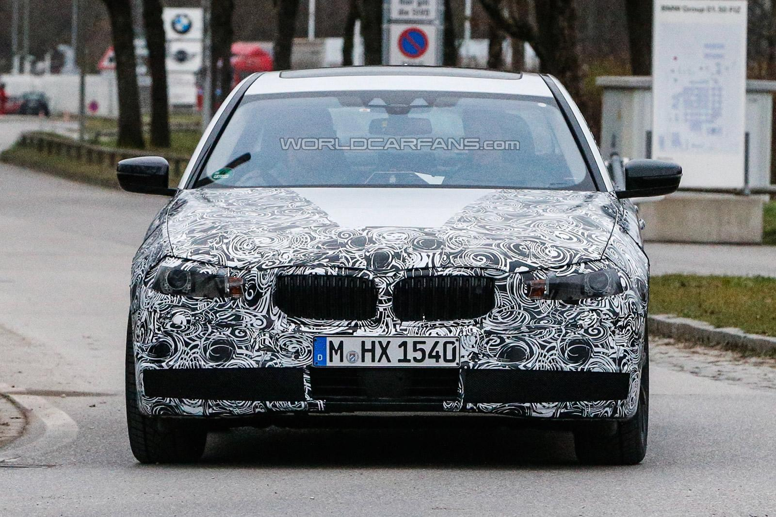 2016 BMW 5-series spotted testing