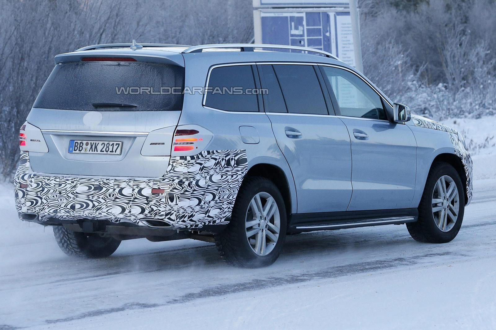 2016 mercedes benz gls facelift spotted testing shifting gears. Black Bedroom Furniture Sets. Home Design Ideas
