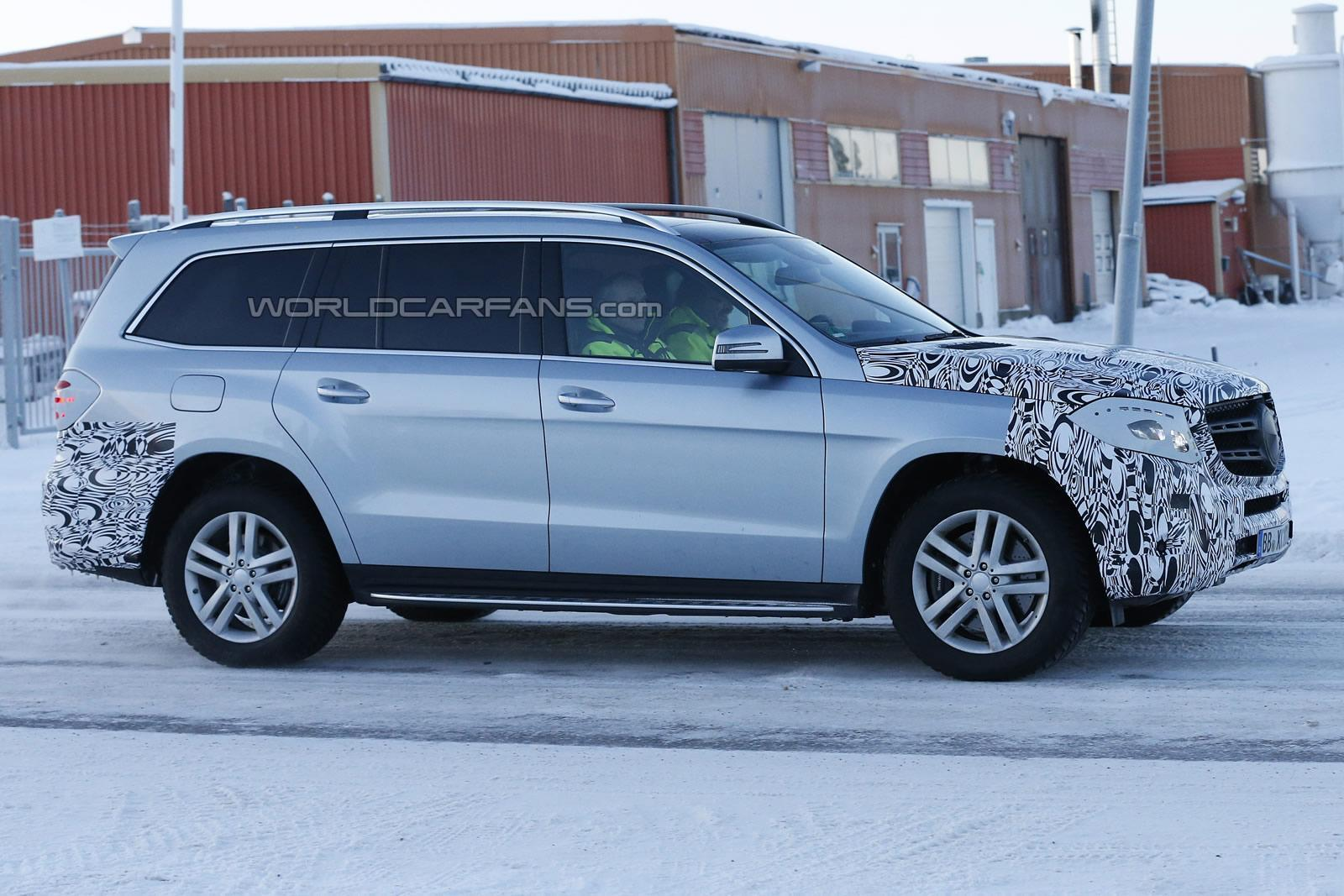 2016 Mercedes-Benz GLS facelift spotted testing