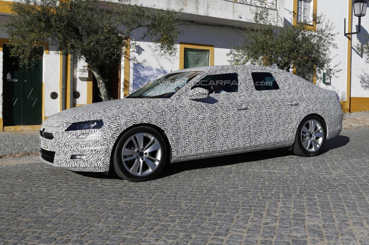 Next-generation Skoda Superb begins testing