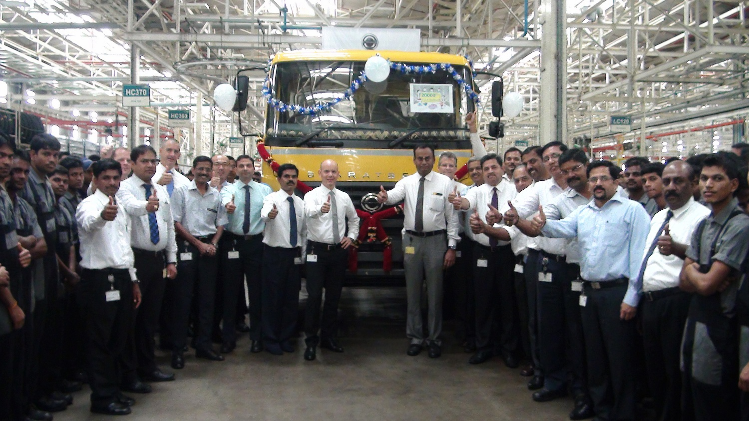 Daimler India Commercial Vehicles rolls out 20,000th truck