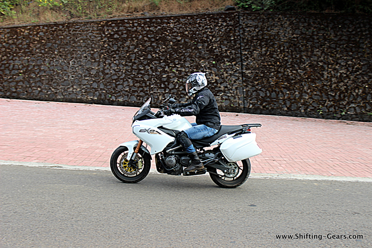 Benelli BN 600GT / TNT 600GT photo gallery