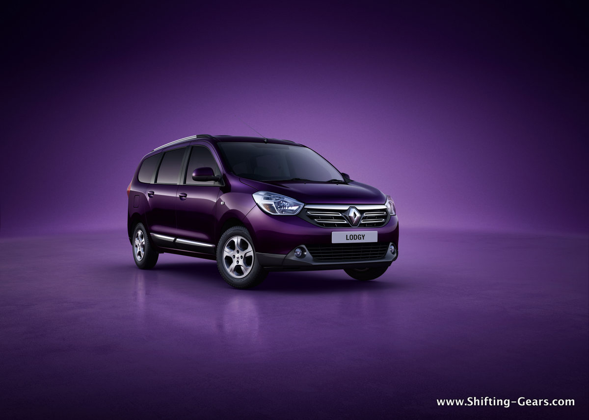 Renault reveals Lodgy MPV for India