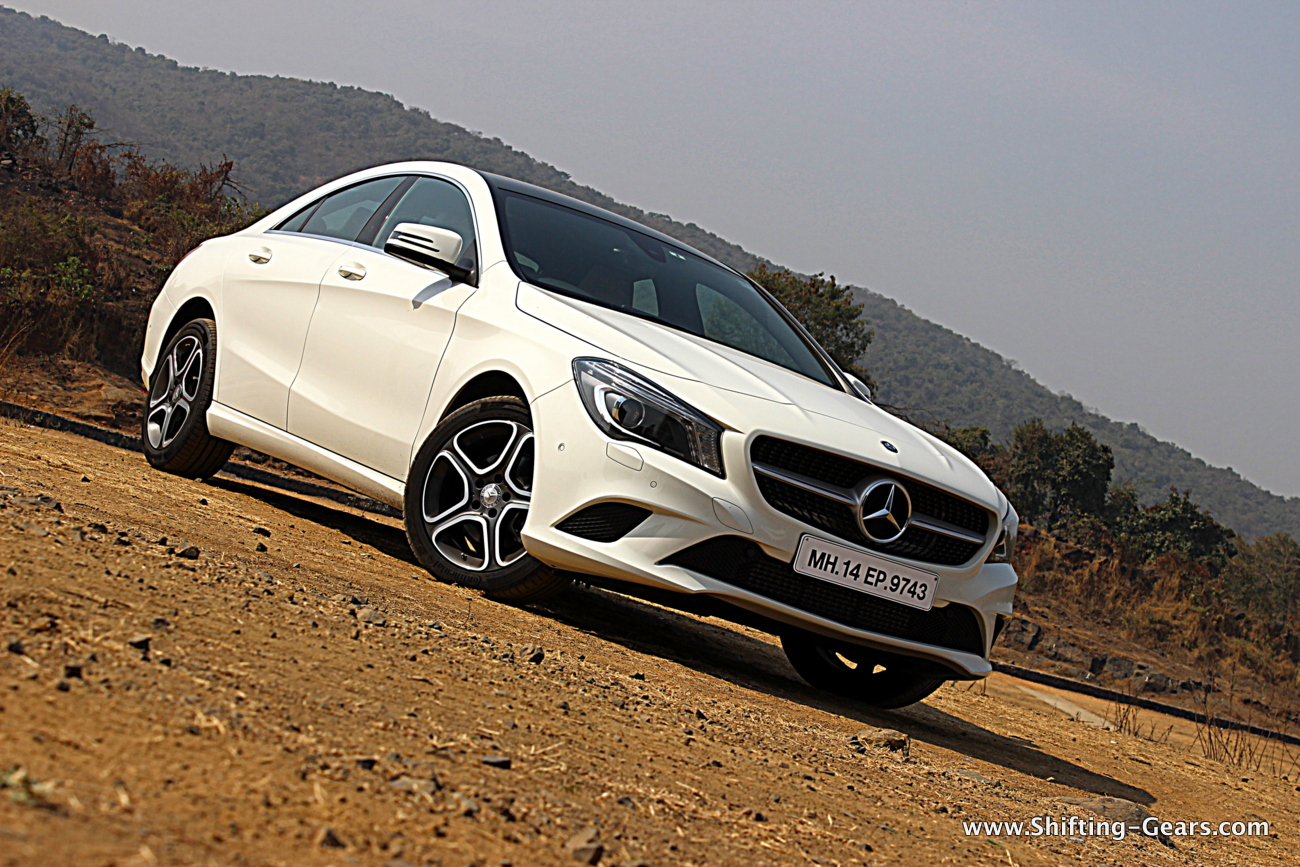 Mercedes benz cla 200 review shifting gears for Mercedes benze cla