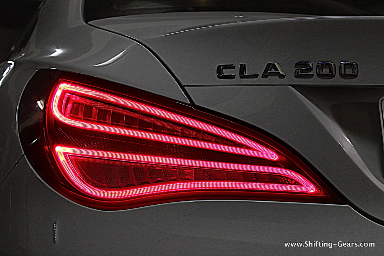 2015-mercedes-benz-cla-200-30