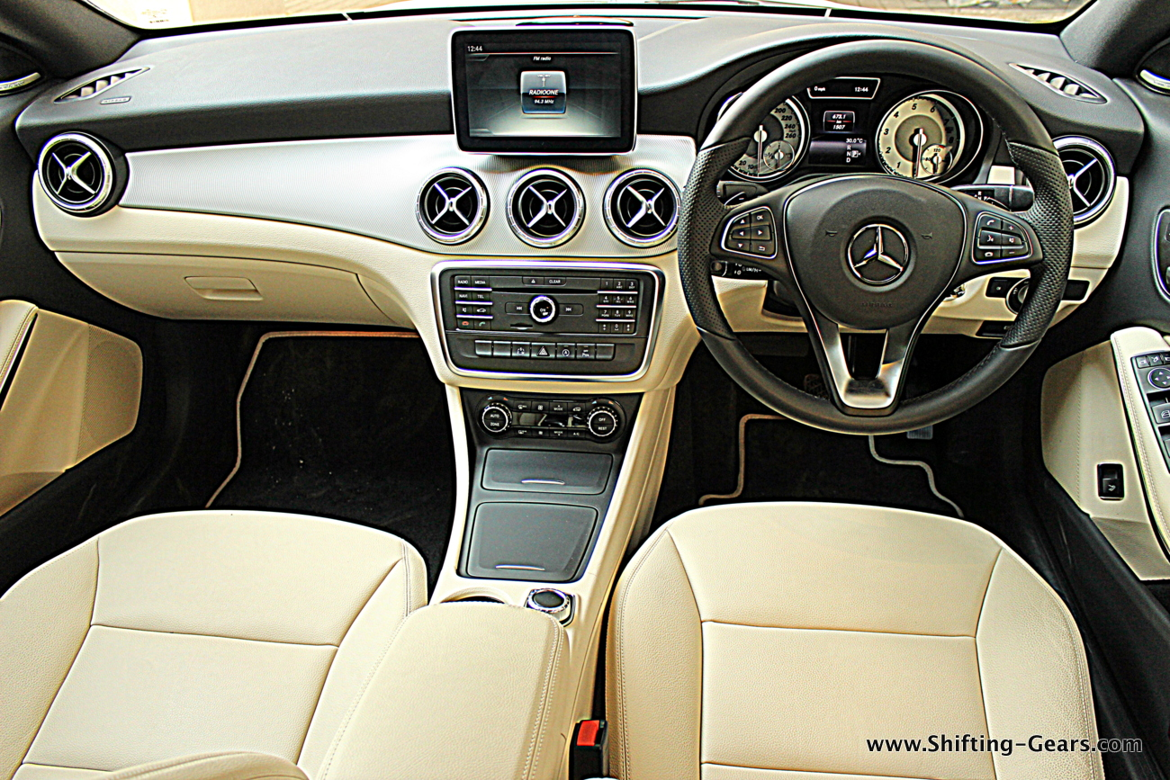 mercedes benz cla 200 review shifting gears. Black Bedroom Furniture Sets. Home Design Ideas