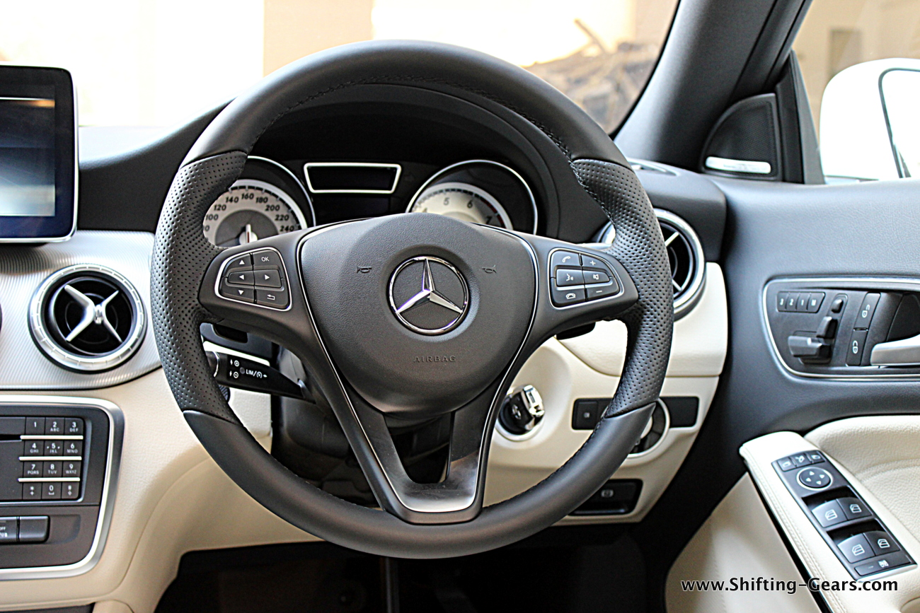 Mercedes benz cla 200 photo gallery shifting gears for Mercedes benz not shifting gears