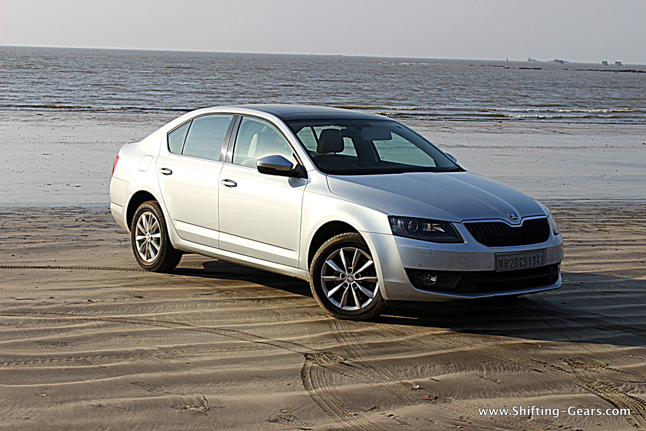 skoda octavia 1 8 tsi photo gallery shifting gears. Black Bedroom Furniture Sets. Home Design Ideas