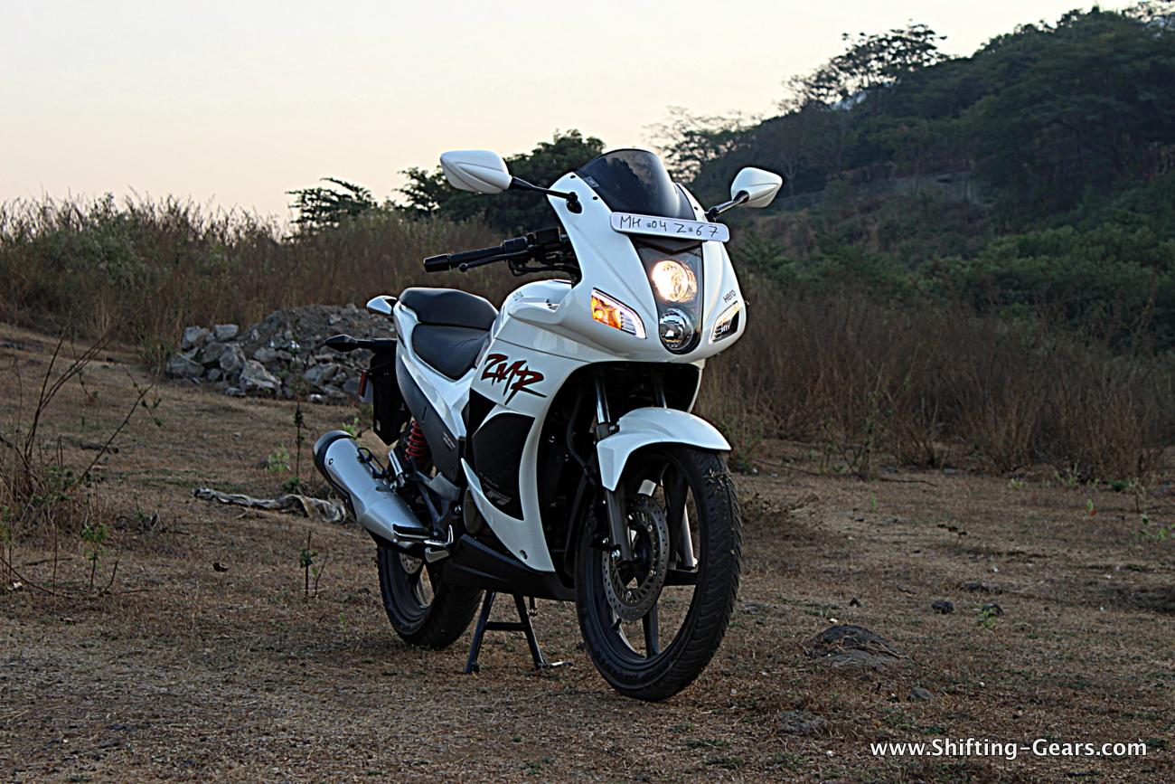 hero-motocorp-karizma-zmr-04