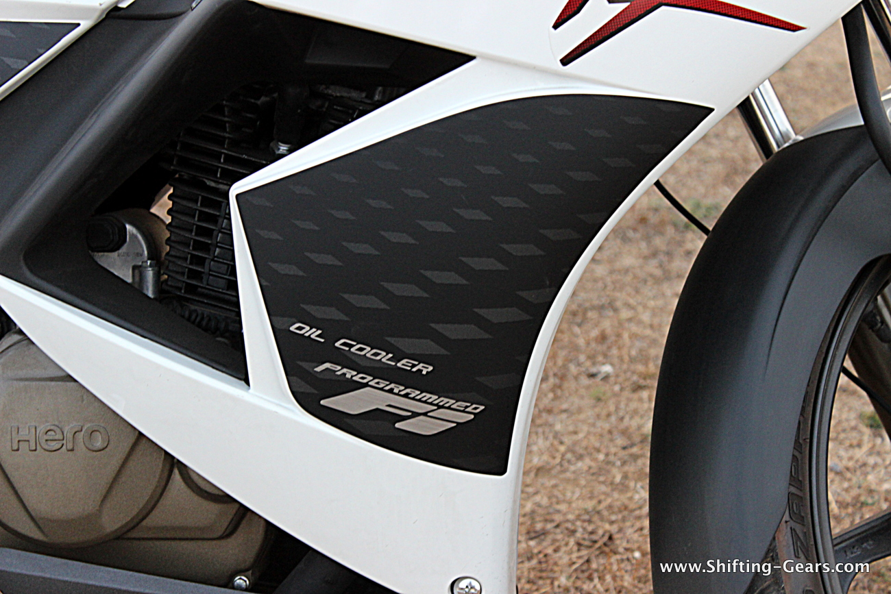 hero-motocorp-karizma-zmr-45