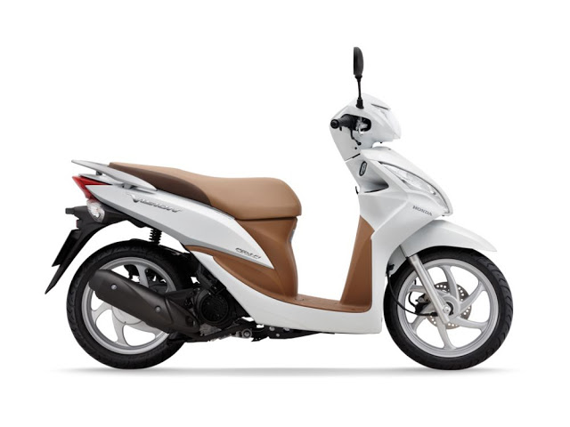 Honda Vision 110cc Scooter 4