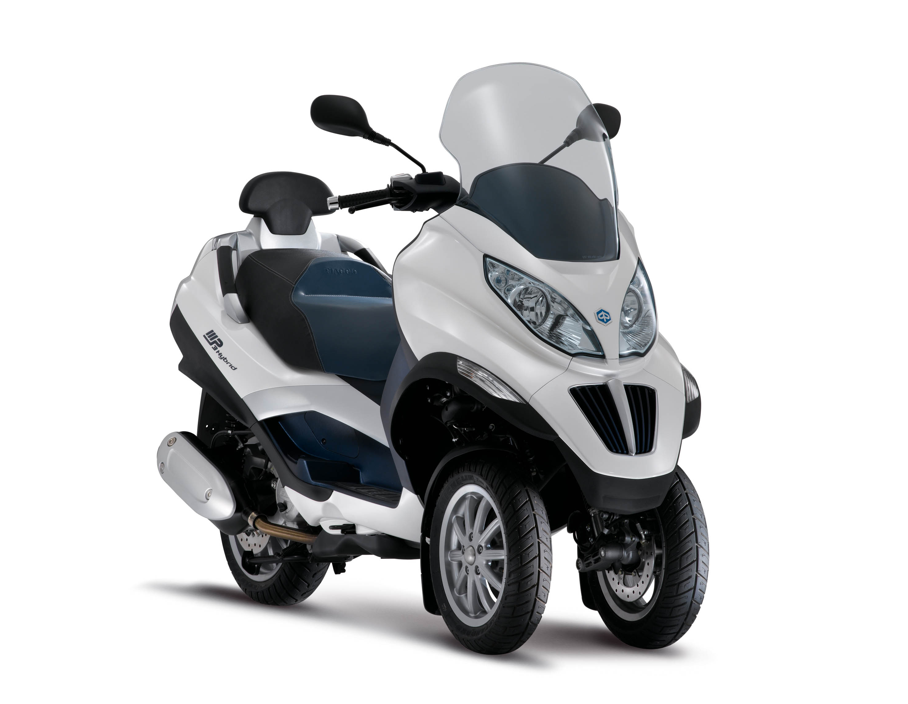piaggio imports 3 wheeler 125cc mp3 scooter for r d. Black Bedroom Furniture Sets. Home Design Ideas