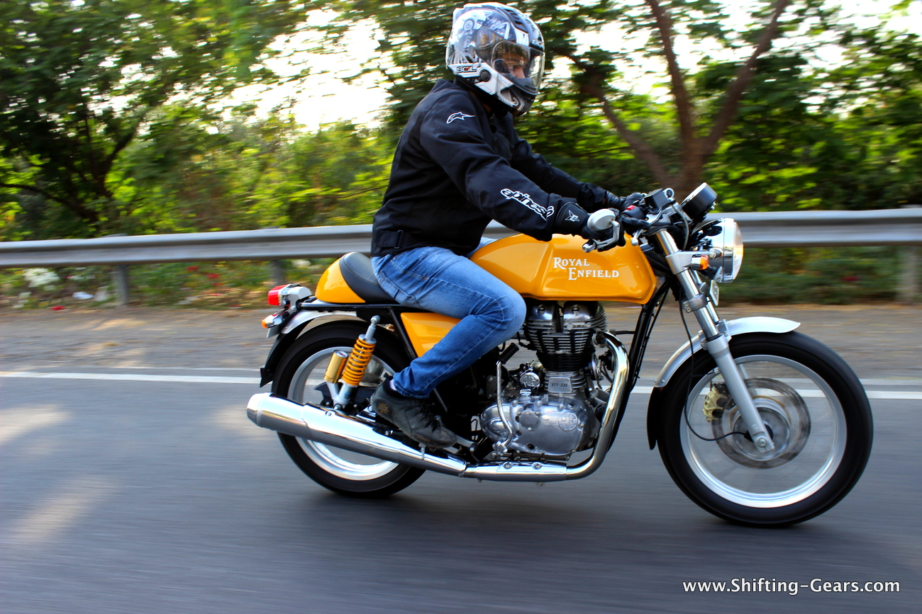 2014 royal enfield continental gt caf racer launches in. Black Bedroom Furniture Sets. Home Design Ideas