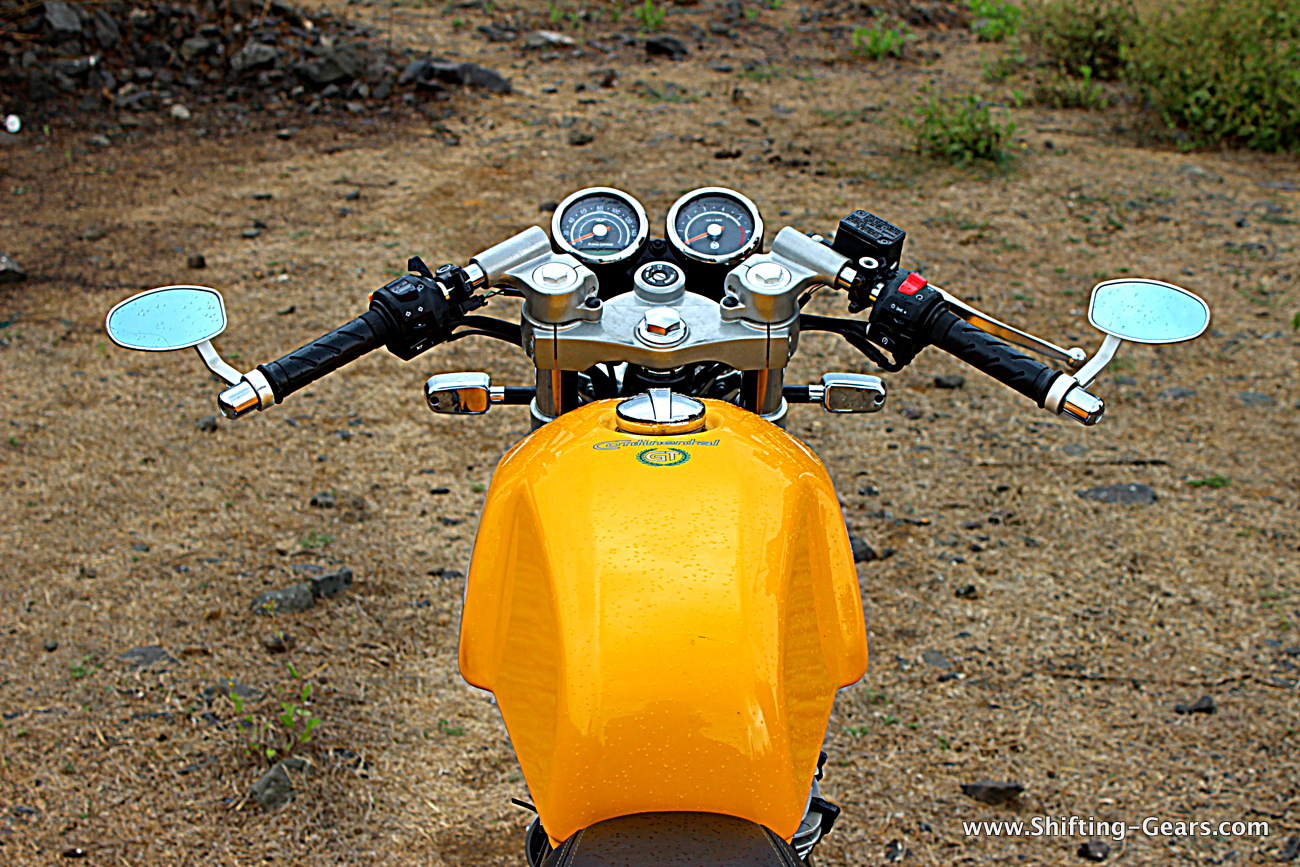 royal-enfield-continental-gt-535-cafe-racer-15
