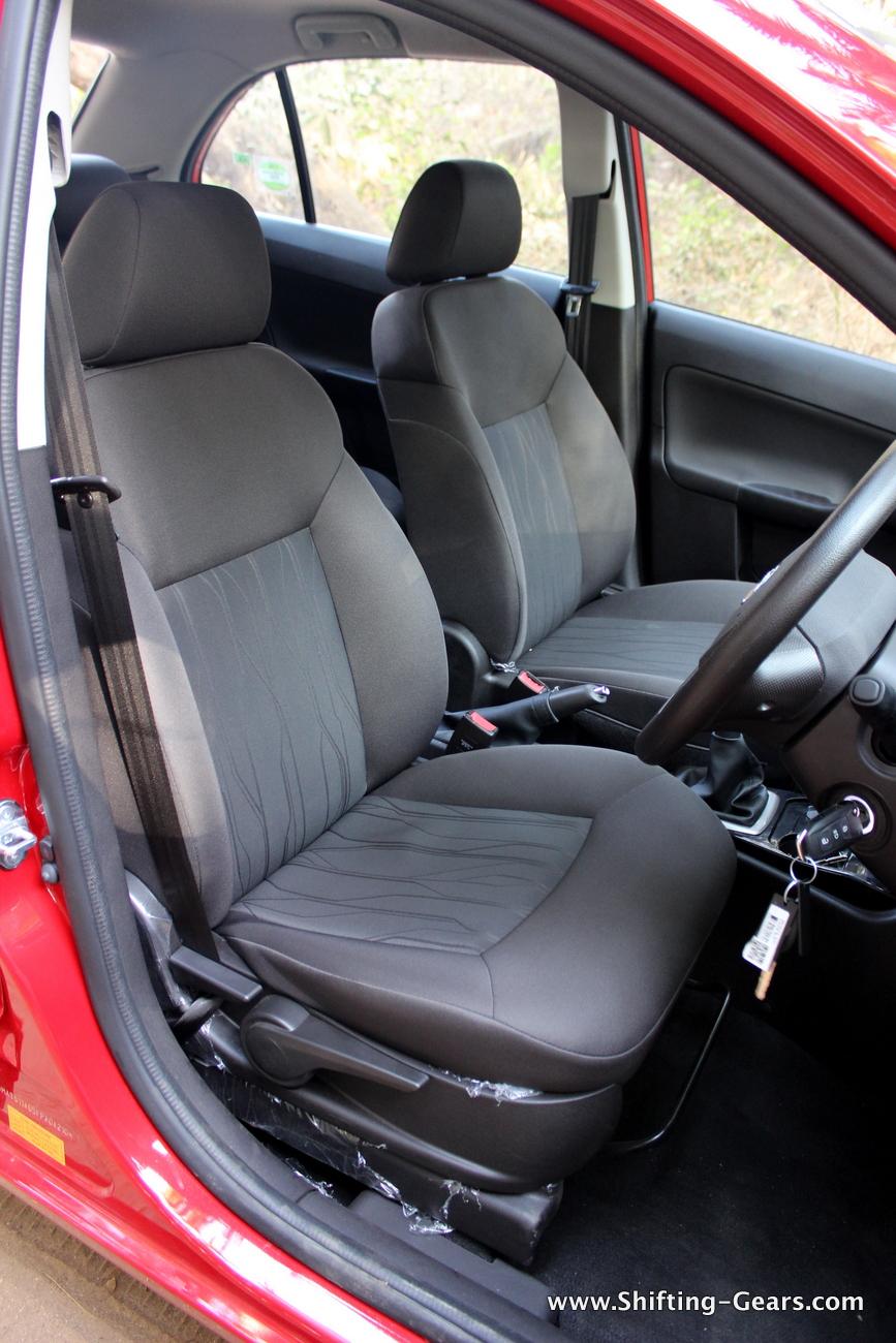 tata-bolt-hatchback-68