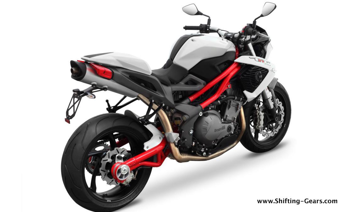Ducati Monster  Vs Z