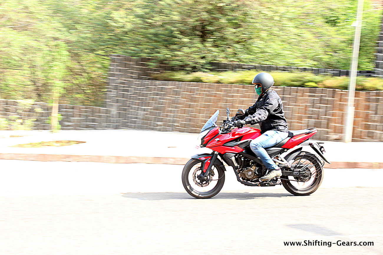 Bajaj Pulsar AS200: Test Ride Review