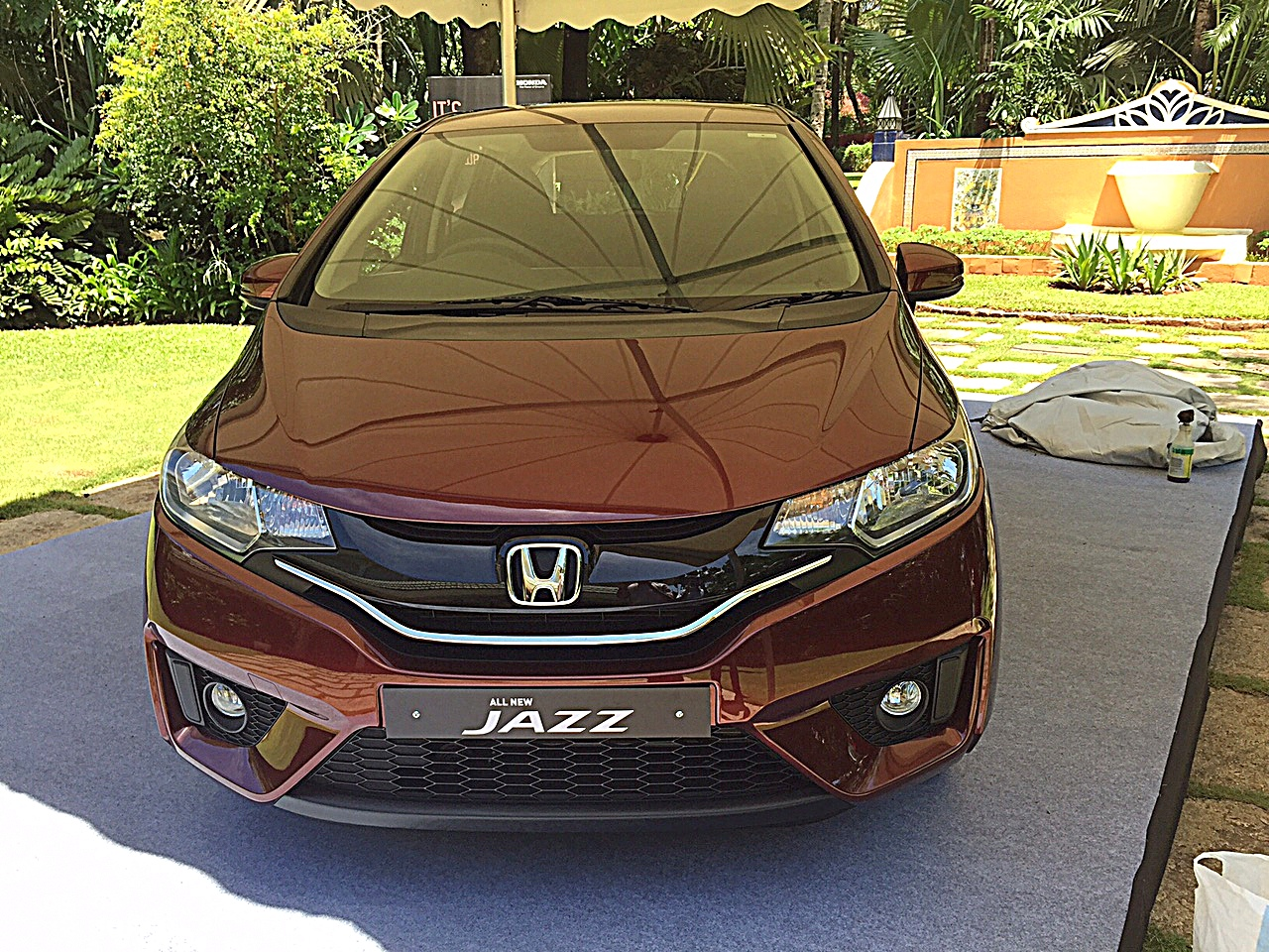 2015-honda-jazz-review-4