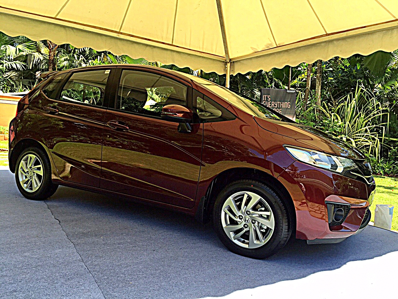 2015-honda-jazz-review-8