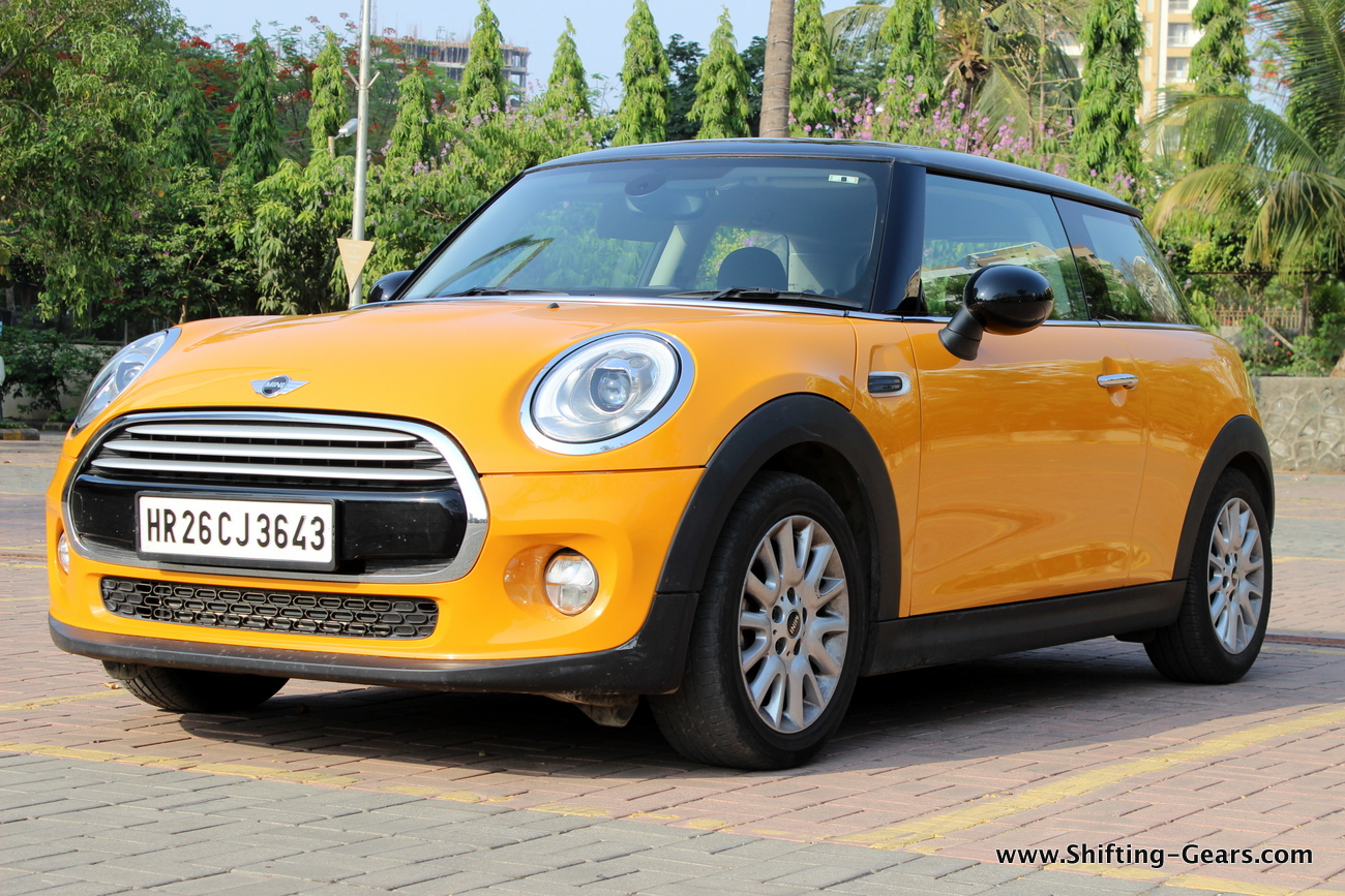 Mini Cooper D photo gallery