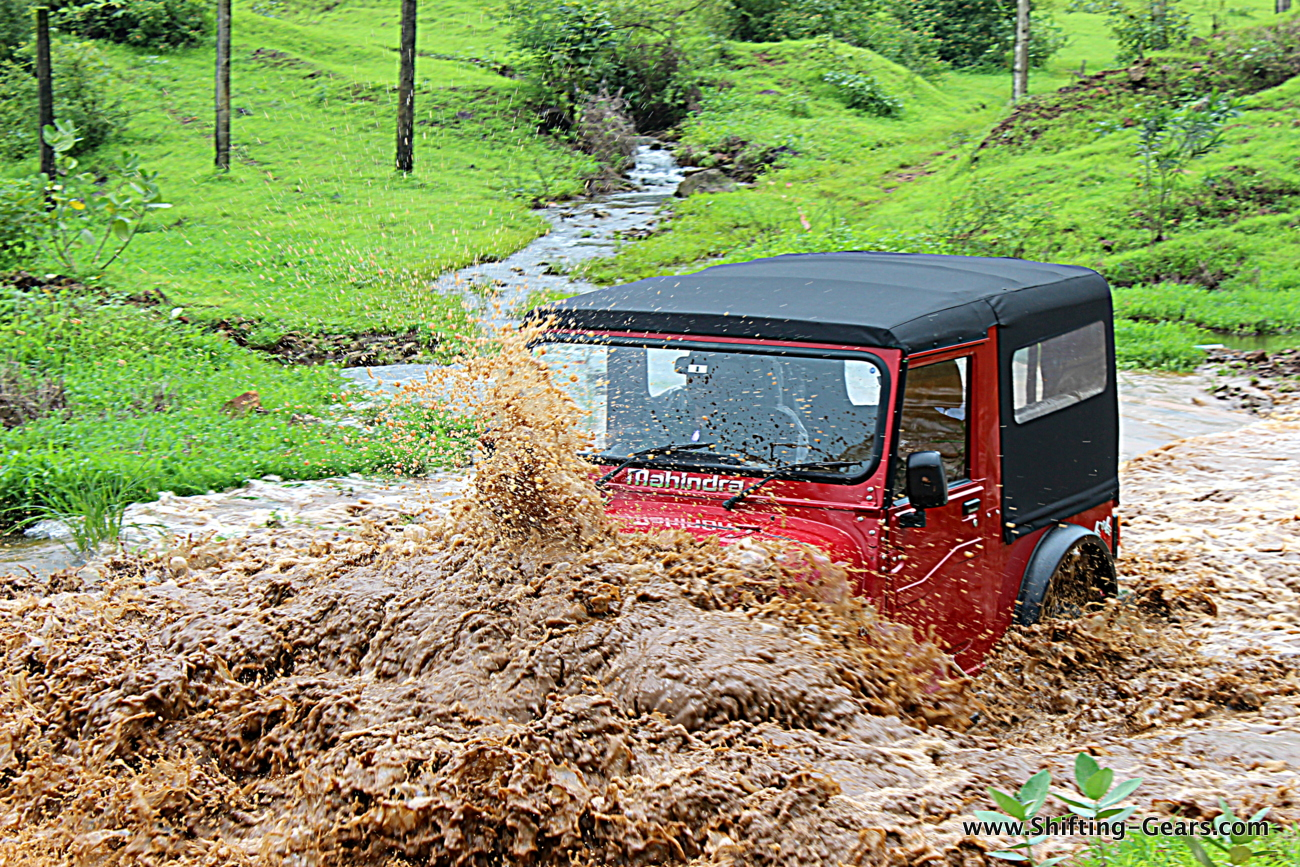 2015-mahindra-thar-crde-facelift-review-04