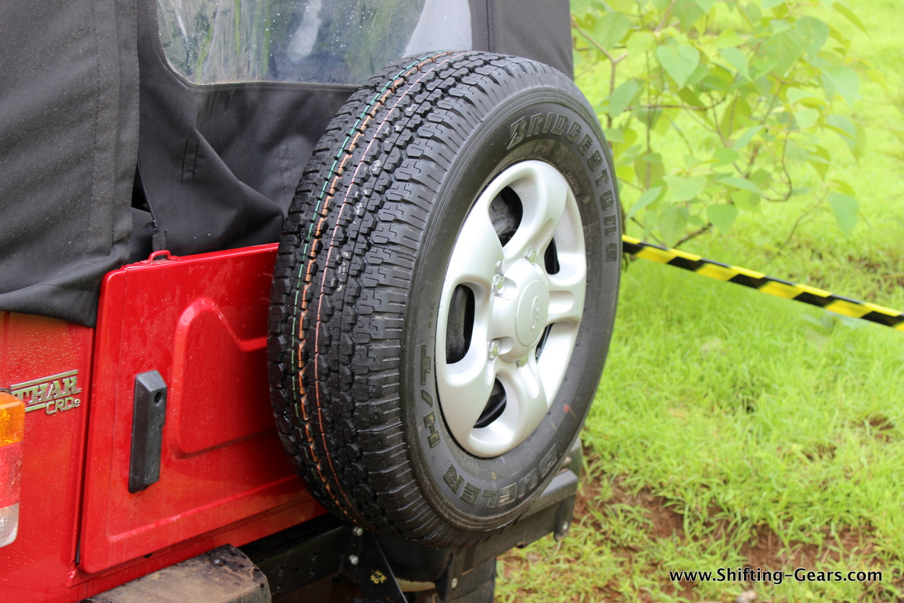 2015-mahindra-thar-crde-facelift-review-21