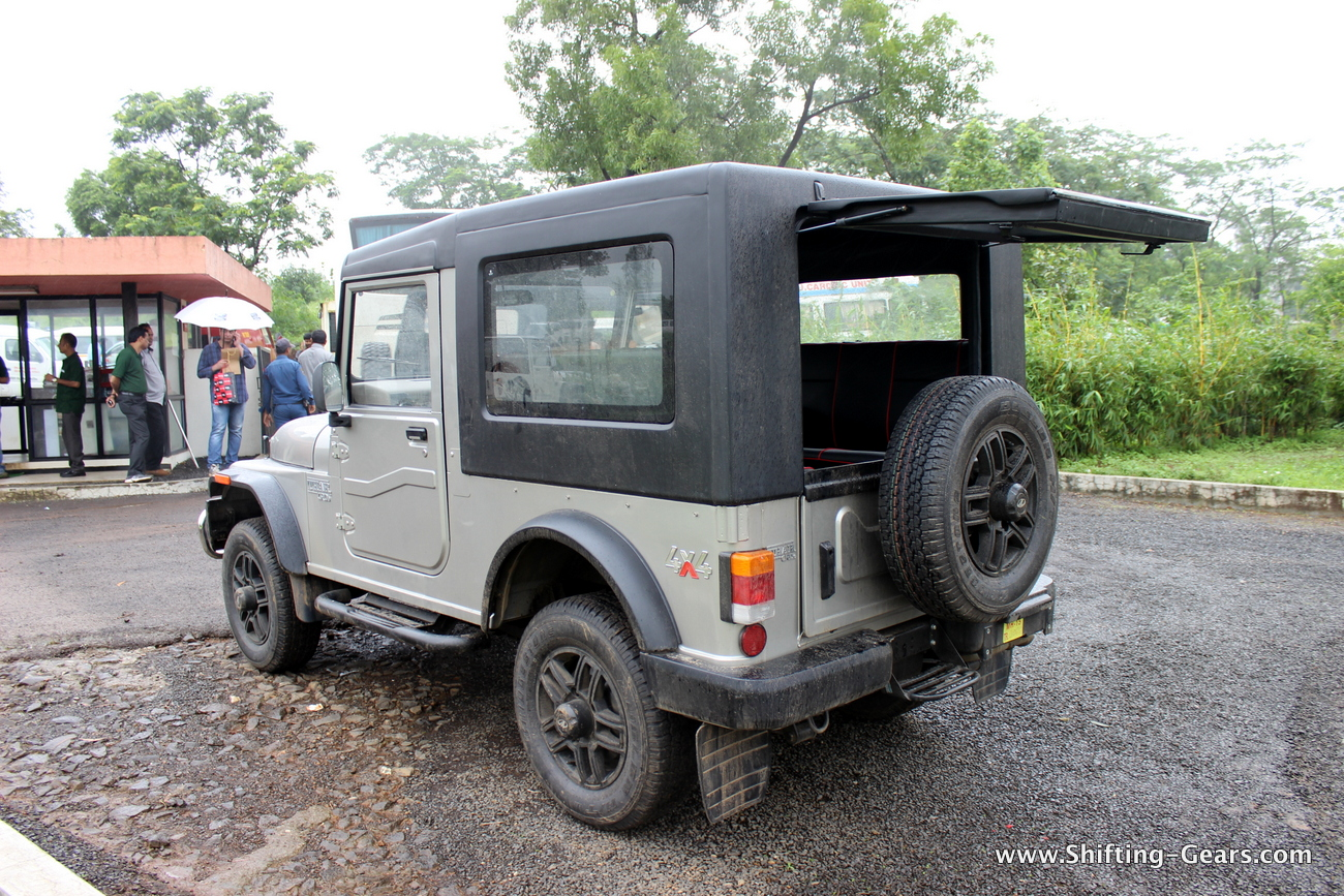 2015-mahindra-thar-crde-facelift-review-23