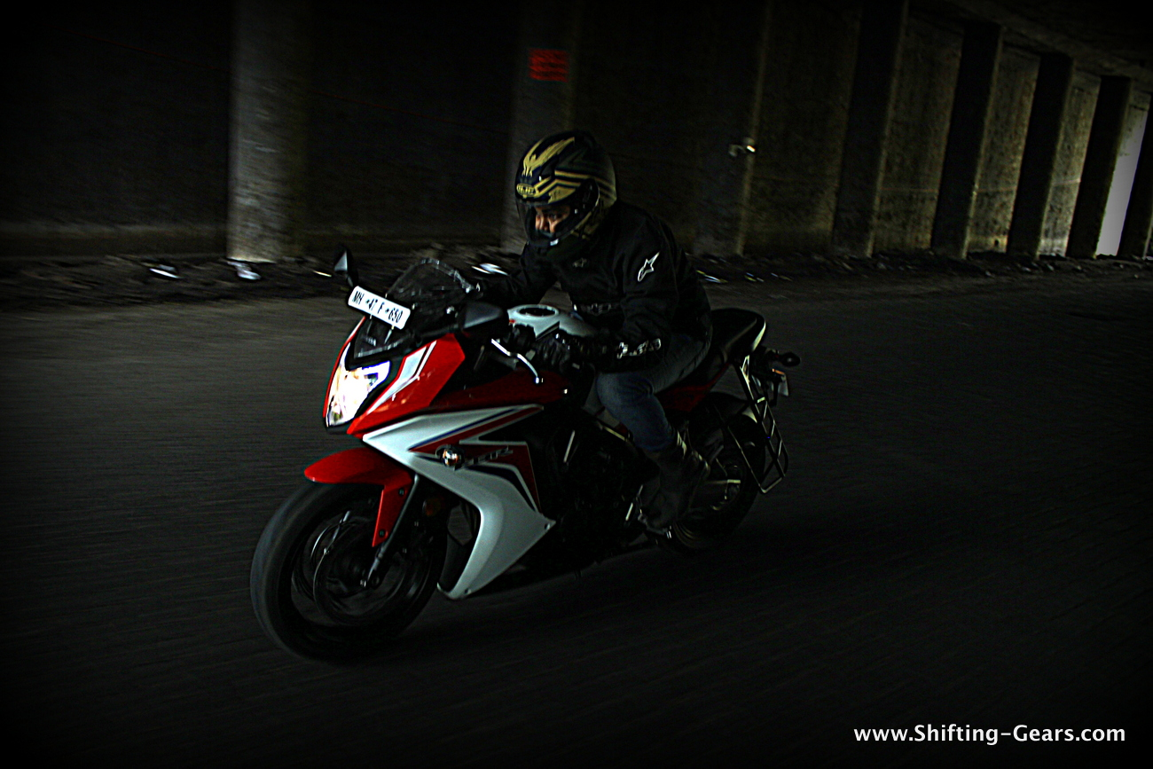 2015-honda-cbr-650f-review-india-02