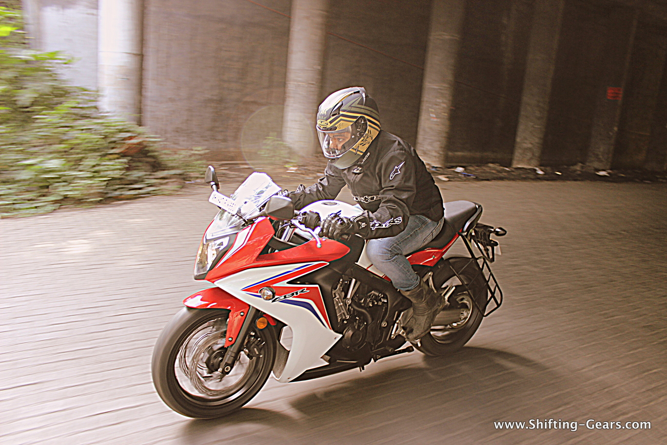 2015-honda-cbr-650f-review-india-04
