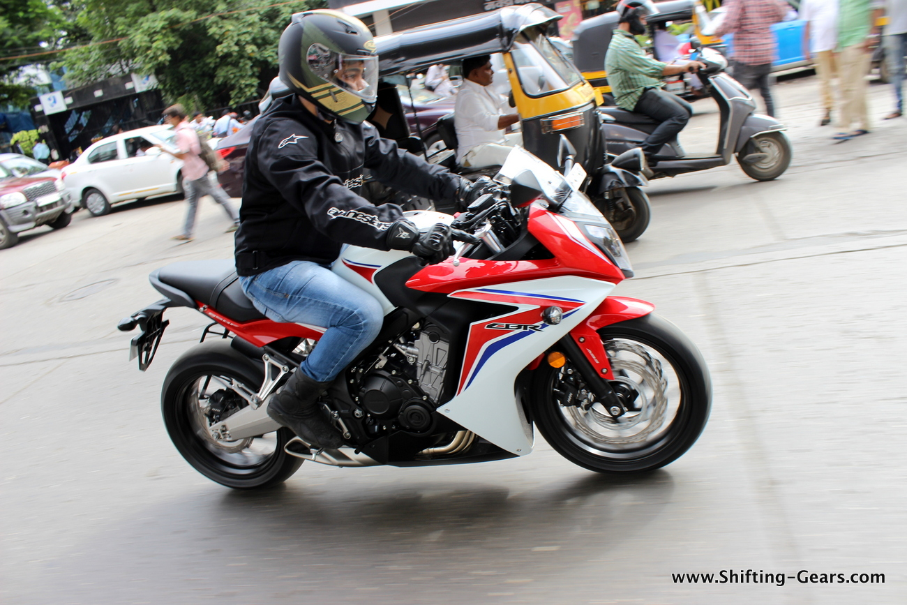 2015-honda-cbr-650f-review-india-09