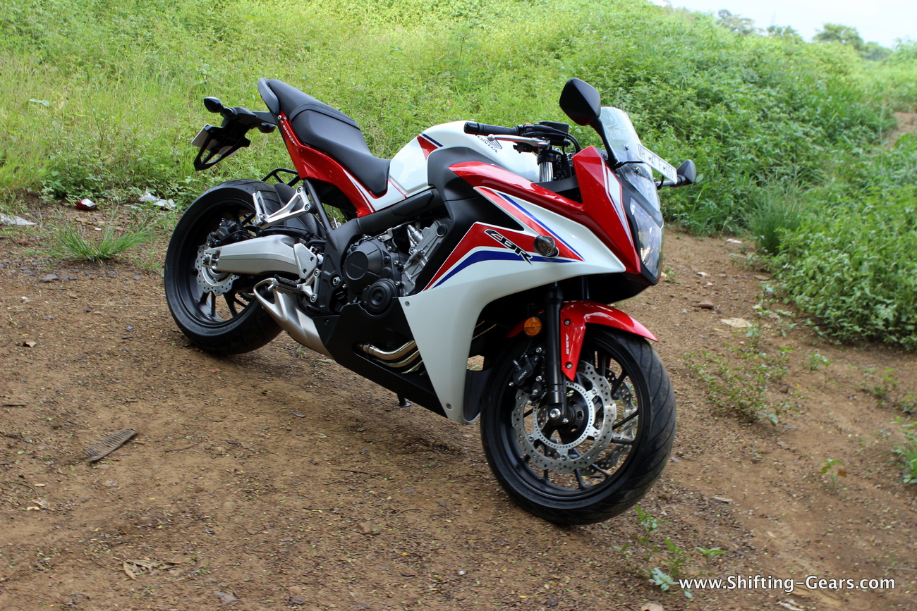 2015-honda-cbr-650f-review-india-14