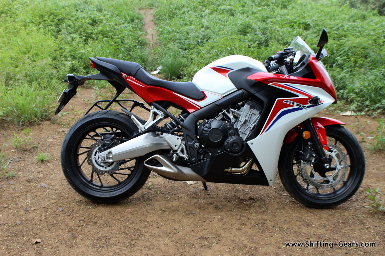2015-honda-cbr-650f-review-india-17