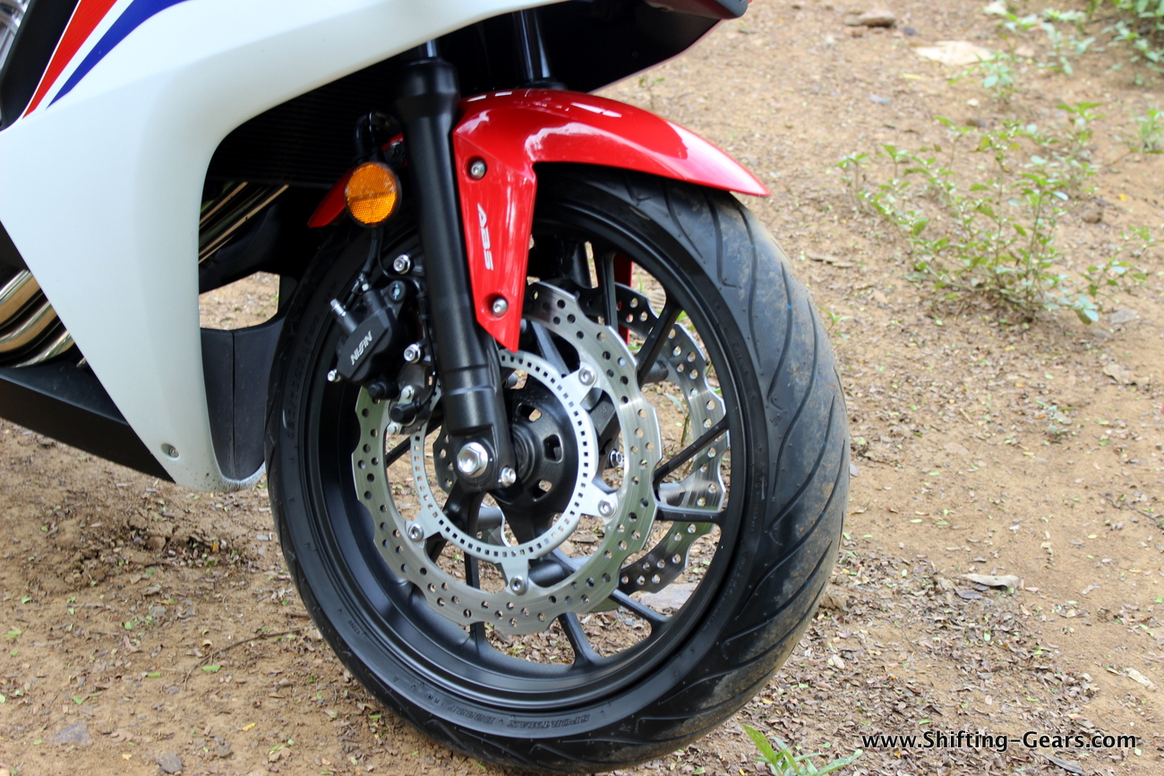 2015-honda-cbr-650f-review-india-22