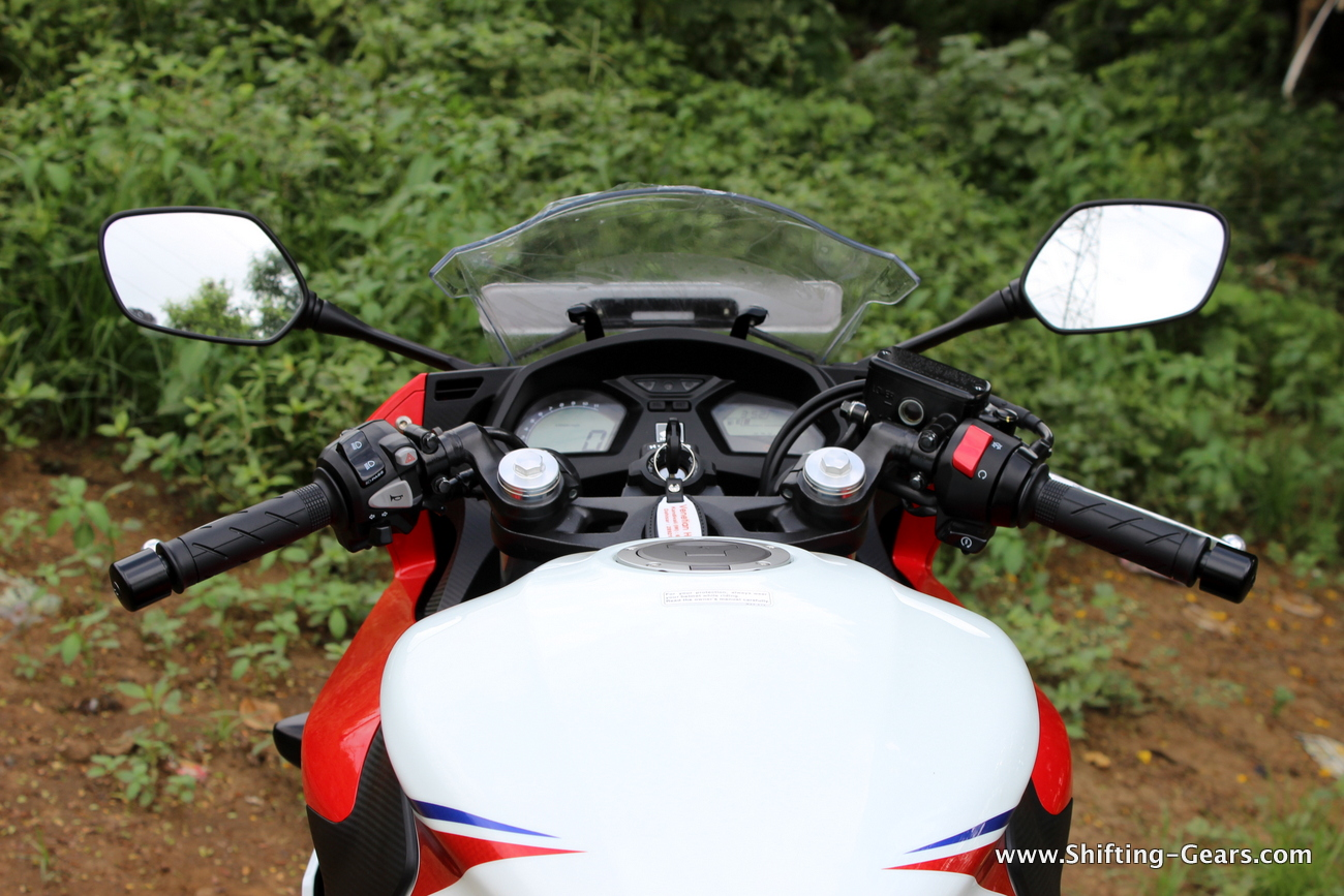2015-honda-cbr-650f-review-india-24