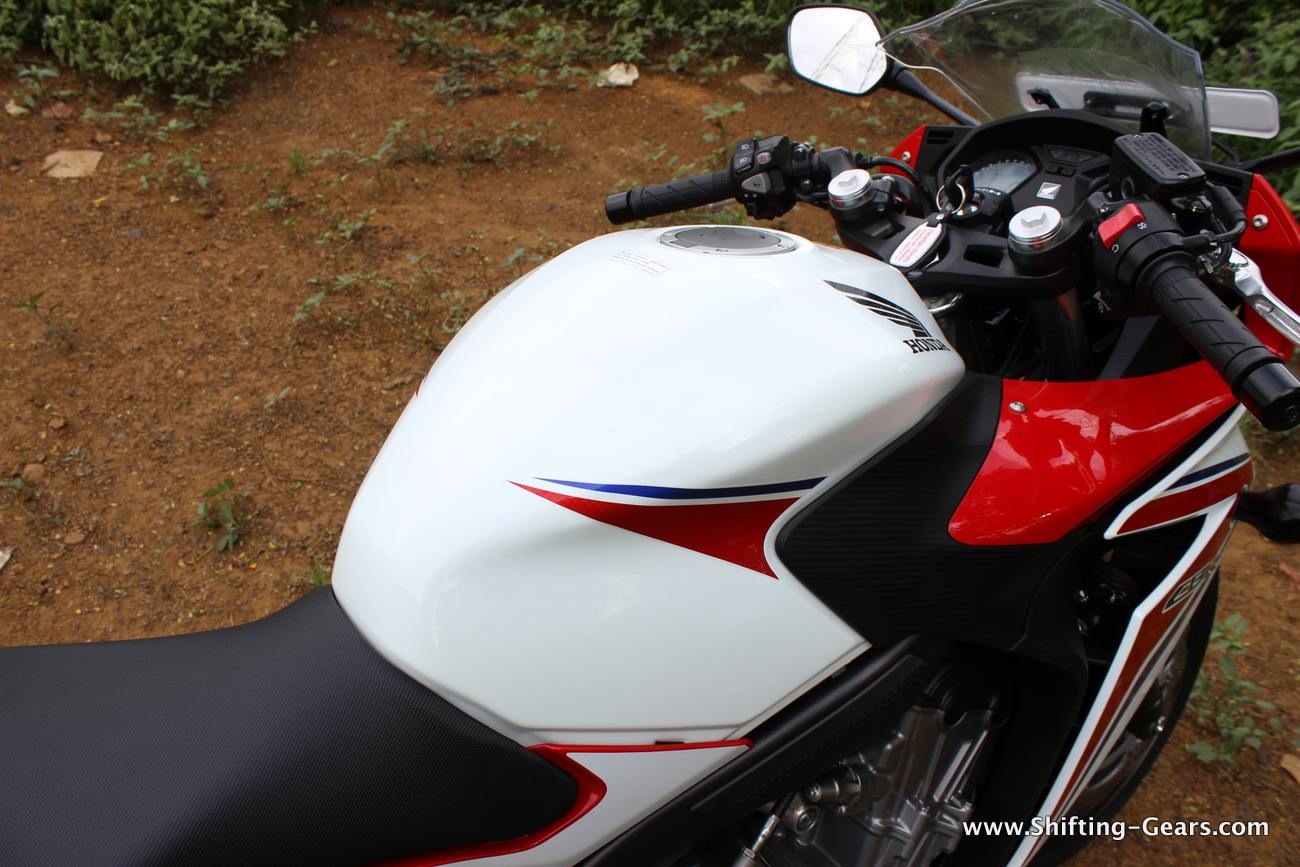 2015-honda-cbr-650f-review-india-31