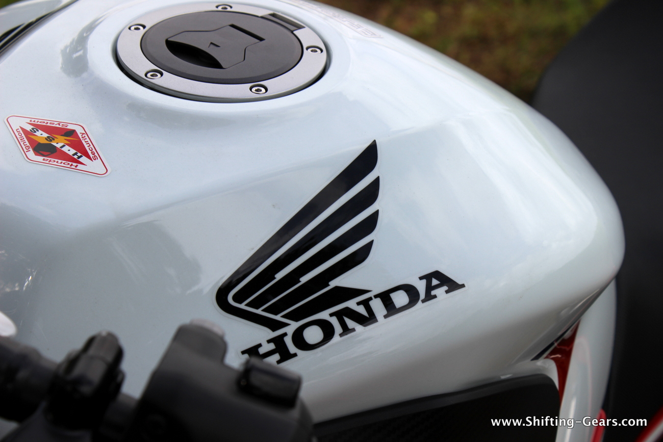 2015-honda-cbr-650f-review-india-33