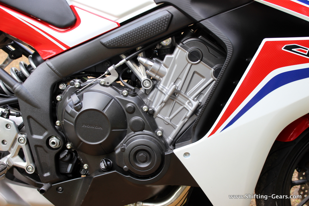 2015-honda-cbr-650f-review-india-36
