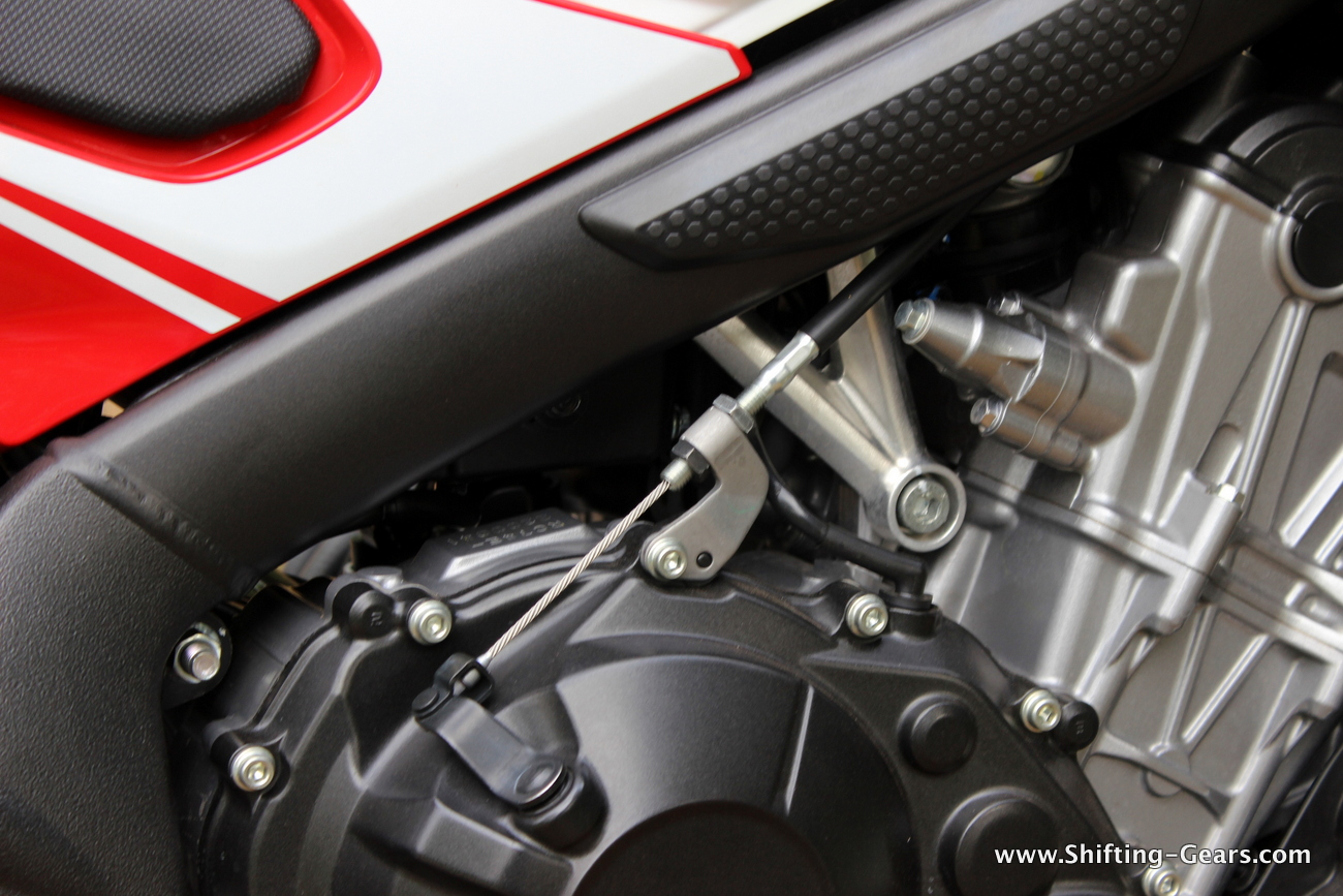 2015-honda-cbr-650f-review-india-38