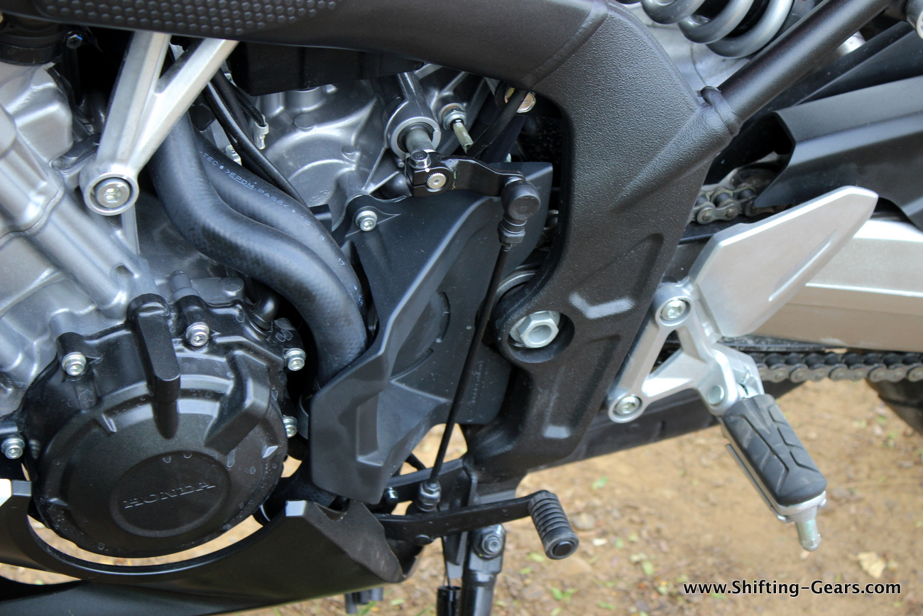 2015-honda-cbr-650f-review-india-39