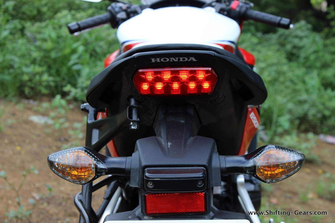 2015-honda-cbr-650f-review-india-46
