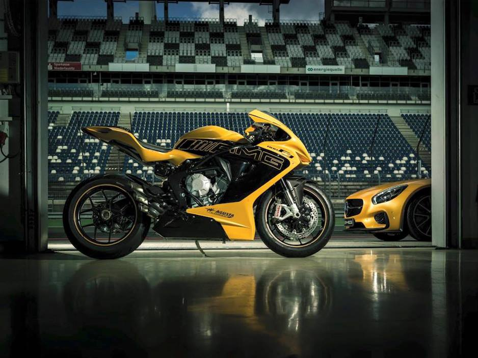 MV Agusta & Mercedes-Benz introduce AMG F3 800 Solarbeam