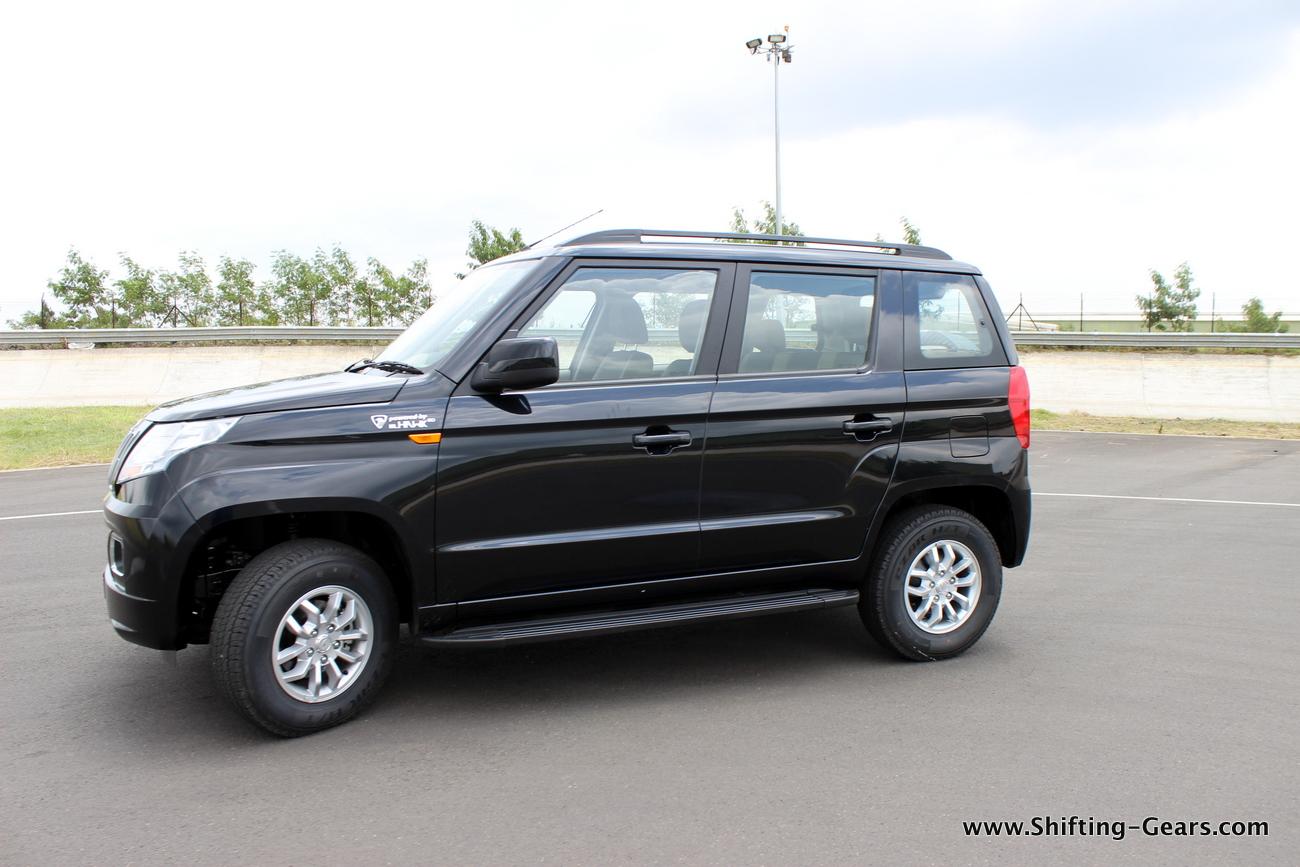 2015-mahindra-tuv300-12