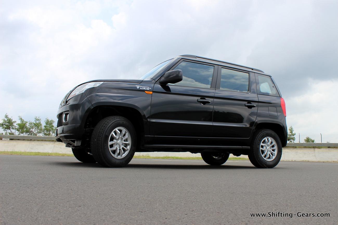 2015-mahindra-tuv300-14