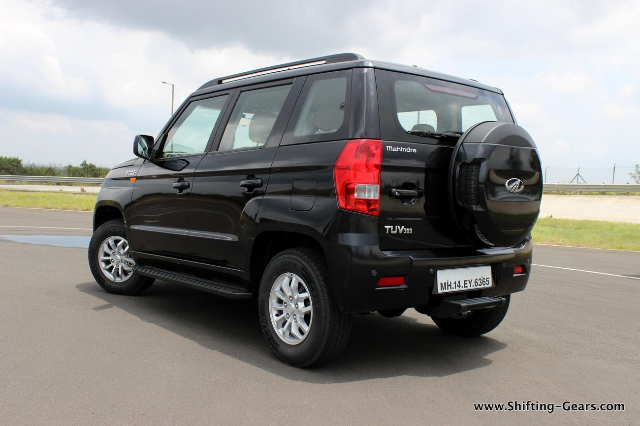 2015-mahindra-tuv300-18