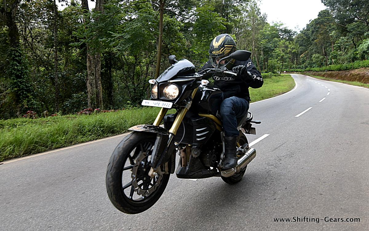 Mahindra Mojo Photo Gallery Shifting Gears