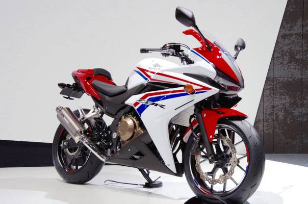 Honda unveils the CBR400R