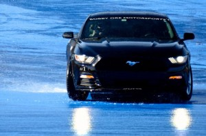 ford-mustang-stunt-driving-02